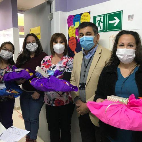 Alcalde Alfonso Muñoz saluda a los funcionarios en el día de la Atención Primaria de la Salud